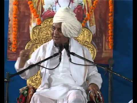 Baba Maharaj Satarkar At Uttung Sanskrutik Pariwar - Part 2 video