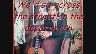 Mississippi cotton pickin' Delta town w/Lyrics