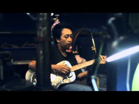 Herry Firmansyah - Glassesman Blues video