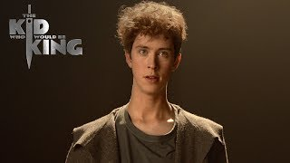 The Kid Who Would Be King | Merlin Moments: Duplication | Fox Family Entertainment