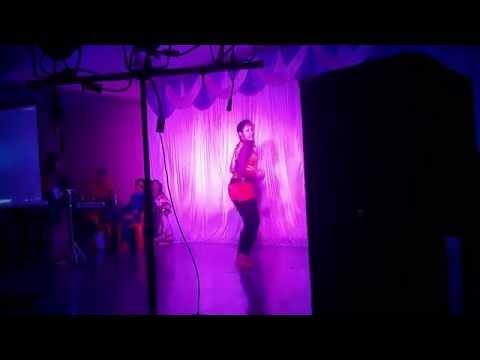 Solo Dance On In Aankhon Ki Masti Mein (remix) video