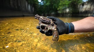 Found Old Murder Weapon in Urban Canal!! (Police Involved)