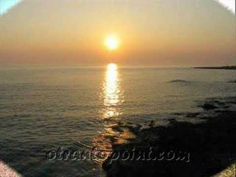puglia - salento lu sule,lu mare,lu ientu! radici ca tieni di sud sound system! www(dot)otrantopoint(dot)com.