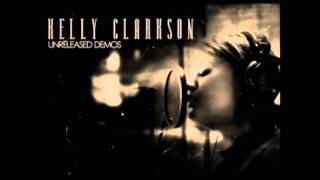 Watch Kelly Clarkson Bleed For Me video