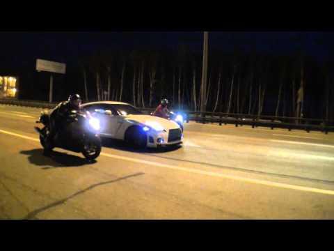 רכב נגד שני אופנועים