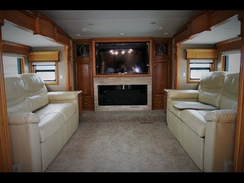 Two bedroom fifth wheel campers