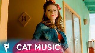 Liza Fox (Лиза Фокс) - Dynamite