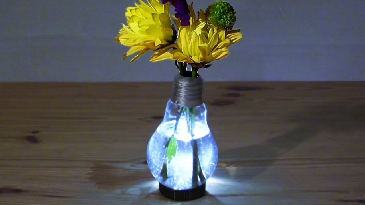 Как сделать вазу из лампочки своими руками 55