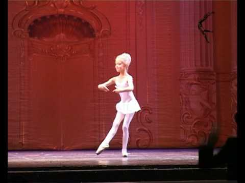 www.balletschool.ru  7 years old ballerine first time with the orchestra!!!))) Music Videos