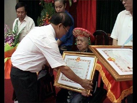 Lễ trao tặng danh hiệu vinh dự Nhà nước Bà mẹ Việt Nam anh hùng