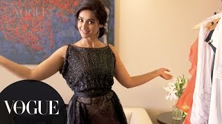 Download Song Inside the Wardrobe of Ileana D'Cruz : 4 Date Looks | Vogue All Access Series | VOGUE India Free StafaMp3