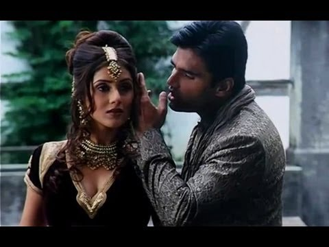 Tum Lakh Chupe Ho - Pyaar Ishq Aur Mohabbat - Sunil Shetty & Kirti Reddy - Full Song video