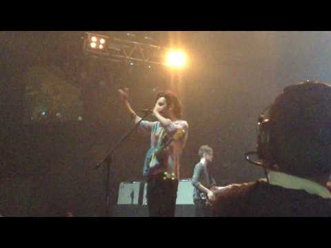 Sex - The 1975 Live In Manila  Mall Of Asia Arena (january 24, 2015) video