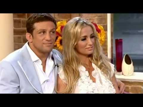 Alex Reid & Chantelle Houghton as a couple interview on This Morning - 4th August 2011