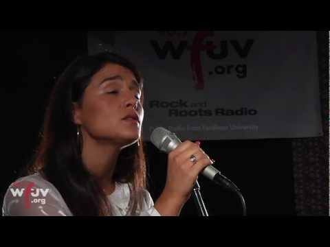 Jessie Ware - Wildest Moments (Live at WFUV)