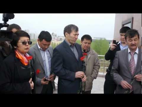 Казахи убивают казахов