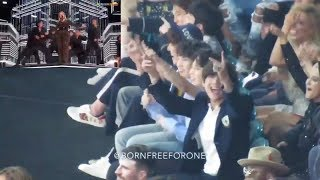 (HYPE) BTS Reaction to Kelly Clarkson opening medley @ BBMAs 2018