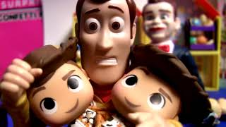 Toy Story 4 Surprise Mystery Minis Benson the Dummy pop up toys