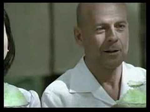 Japanese Commercial – Bruce Willis – Subaru Outback