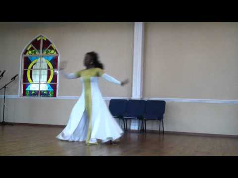 Alabaster Box Cece Winans Praise Dance video