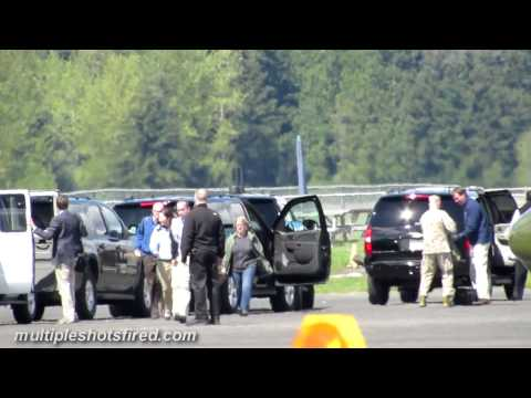 President Obama's motorcade at Arlington, WA airport