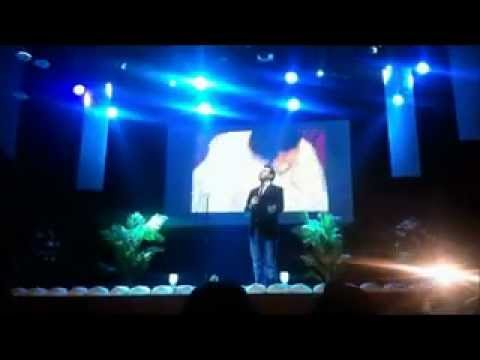 Mesut Kurtis - Burdah - Live Performance  Indigo2 Arena - 25th Jan 2013 video