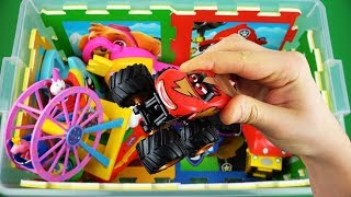 Learn characters, colors & vehicles for kids of Thomas, Ben and Holly, Peppa Pig, Disney Cars & etc
