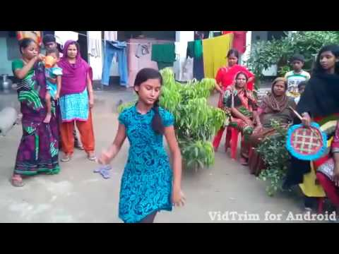 Bangladeshi village girls Dance with indian Bangla song thumbnail