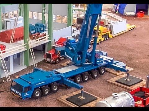 EPIC RC Mobile Truck Crane! Amazing miniature Technology ...