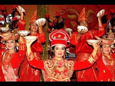 Tari Piring - Plate Dance Of Sumatra Indonesia - Kbri Abu Dhabi [hd] video