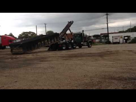 Picking up 20 of mix in peterbilt 379