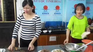 0913283795 dạy bún bò huế, Trường Nữ Công Thanh Mai, Hà Nội, 16 11 2017, học viên Nguyễn Mỹ Trang, H
