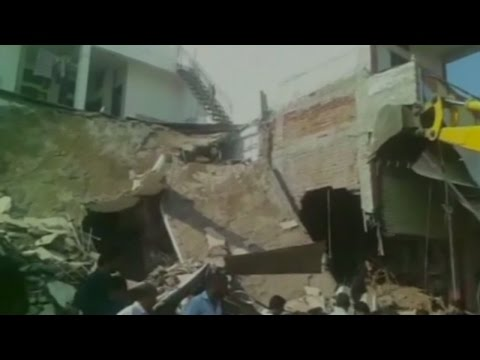 Gas cylinder blast kills 44 in central India