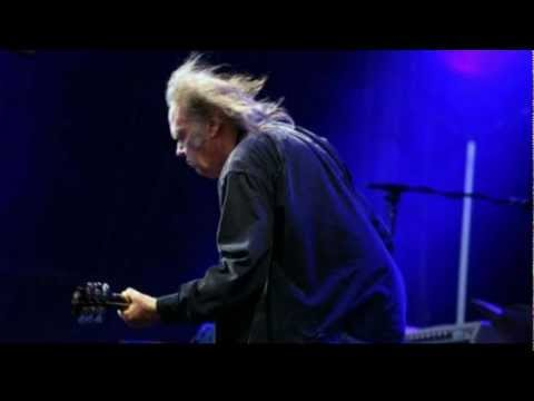 Neil Young - Rockin The Free World