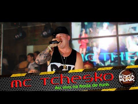 MC Tchesko :: Apresenta��o especial e ao vivo na Roda de Funk :: FULL HD