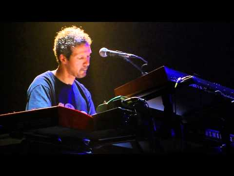 Dominic Miller Feat. Guy Pratt - Shape of My Heart - Santiago Chile 2011 HD
