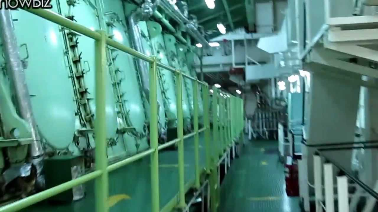 Tour Of A Container Ship Engine Room Youtube