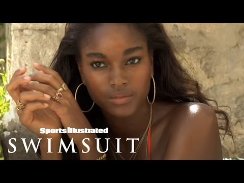 Damaris Lewis-SI Swimsuit 2009