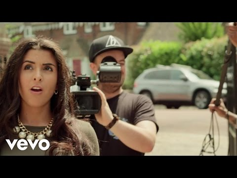 Lethal Bizzle feat. Ruby Goe - Party Right