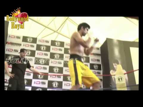 Vijendra Singh & Trainer Lee Beard at Live Training Session of India Part  1