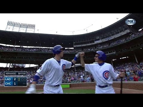 LAD@CHC: Coghlan puts Cubs on board with solo homer
