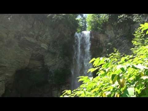 秘奥の滝Hiou no Taki [Fall](北海道新得町〔十勝川源流部〕, Shintoku, Hokkaido)