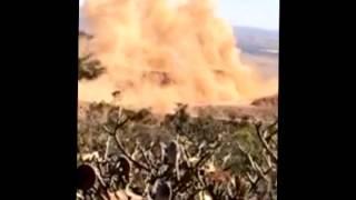 Detonação de rocha na primeira serra da MG-230 ( Rio Paranaíba / Serra do Salitre)