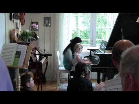 Bekkelaget Musikk og Pianoskole Karius og Baktus Musikkbarnehage