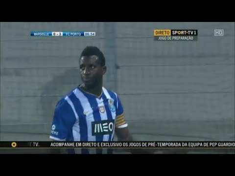 Silvestre Varela [FC Porto 2010/2011] Goals , Skills and Music HD