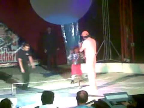 lapizito y chicharron en el circo de los tenis company
