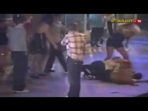 شباب يعاكسون بطلين كراتيه متنكرين انظر ماذا حدث!!!