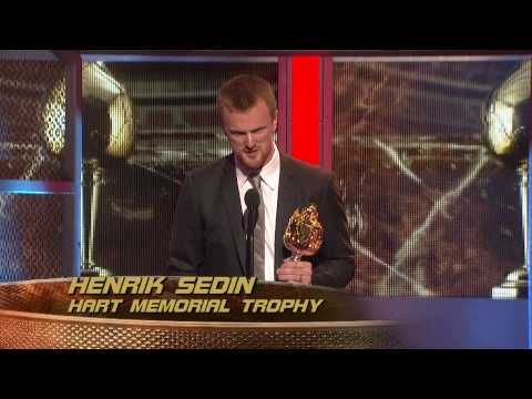 Henrik Sedin Wins the Hart Trophy - HD Video