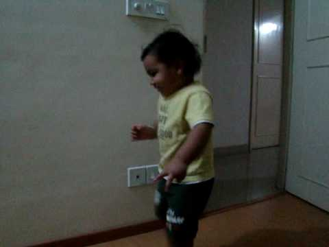 Kaminey - Dhan Te Nan -  1.7 Yrs Old Baby Dance video