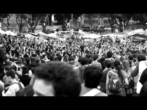 27M BCN REVOLUTION by Paco Ruiz